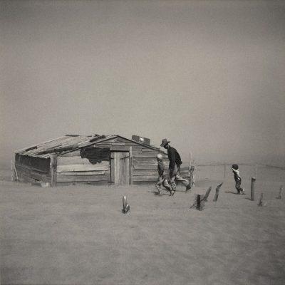 Dignity vs. Despair: Dorothea Lange and Depression-Era Photographers, 1933–1941 (*)