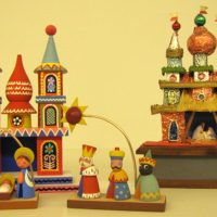 Meet the Experts: Christmas Crèches at T/m
