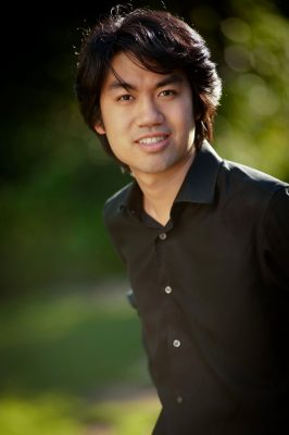 Sean Chen, piano