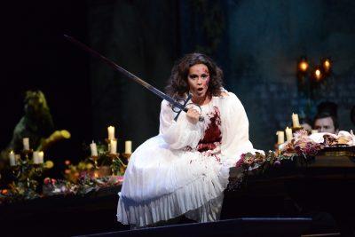 Lyric Opera presents Lucia di Lammermoor