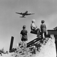 Exhibition: 70 years of Berlin Airlift
