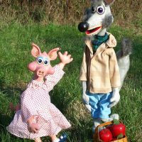 Chicken and Bears and Pigs…Oh My! presented by Mesner Puppet Theater at ,