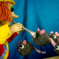 The Pied Piper of Hamelin presented by Mesner Puppet Theater at ,