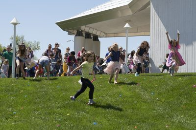 CANCELED – Kemper ART-astic Egg Hunt presented by Kemper Museum of Contemporary Art at Kemper Museum of Contemporary Art, Kansas City MO